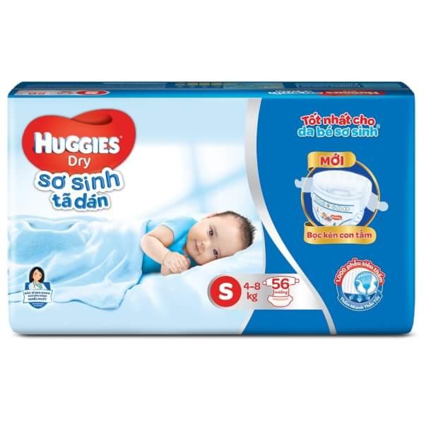 Bỉm tã dán sơ sinh Huggies Dry size S, 56 miếng + 1 gói khăn ướt (4-8kg)